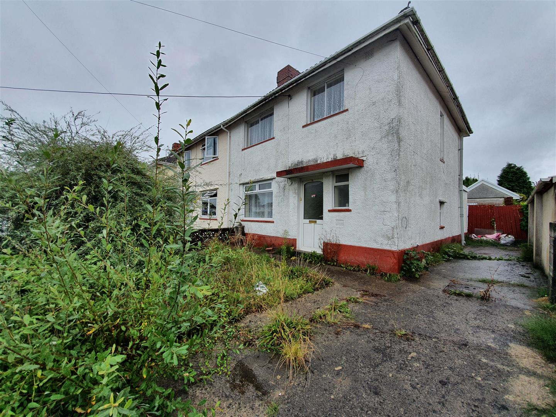 Brynamlwg Road, Gorseinon, Swansea, SA4 4UY
